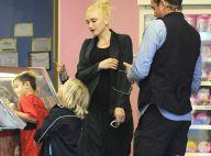 Gwen Stefani, enceinte et stylée : Pause sucrée avec les trois hommes de sa vie