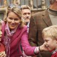 La reine Mathilde de Belgique avec ses fils Gabriel et Emmanuel le 22 septembre 2013 à Bruxelles