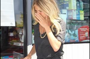 PHOTOS : Sienna Miller, elle craque en pleine rue !
