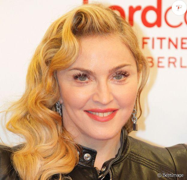 """Madonna - Ouverture du club de gym de Madonna """"Hard Candy Fitness"""" à Berlin, le 17 octobre 2013."""