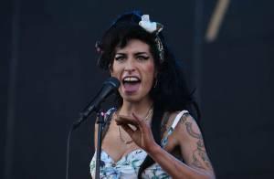 Amy Winehouse déclare la guerre à James Bond !