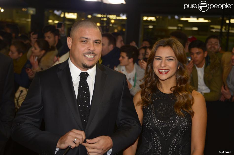 Ronaldo et sa fiancée Paula Morais lors de la cérémonie du Ballon d'Or au Palais des Congrès de Zurich, le 13 janvier 2014
