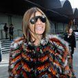 Carine Roitfeldquitte la Halle Freyssinet après avoir assisté au défilé Givenchy automne-hiver 2014-2015. Paris, le 17 janvier 2014.
