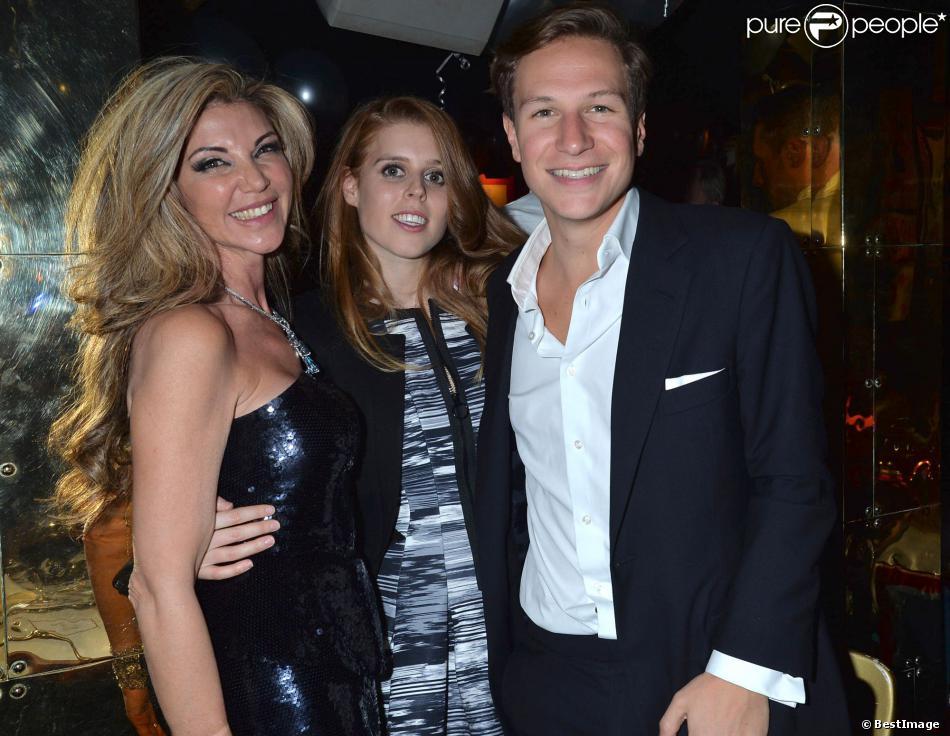 Lisa Tchenguiz avec la princesse Beatrice d'York et son compagnon Dave Clark lors de la fête pour les 49 ans et le divorce de Lisa organisée par son boyfriend Steve Varsano, au club prisé Annabel's, à Londres, le 17 janvier 2014.