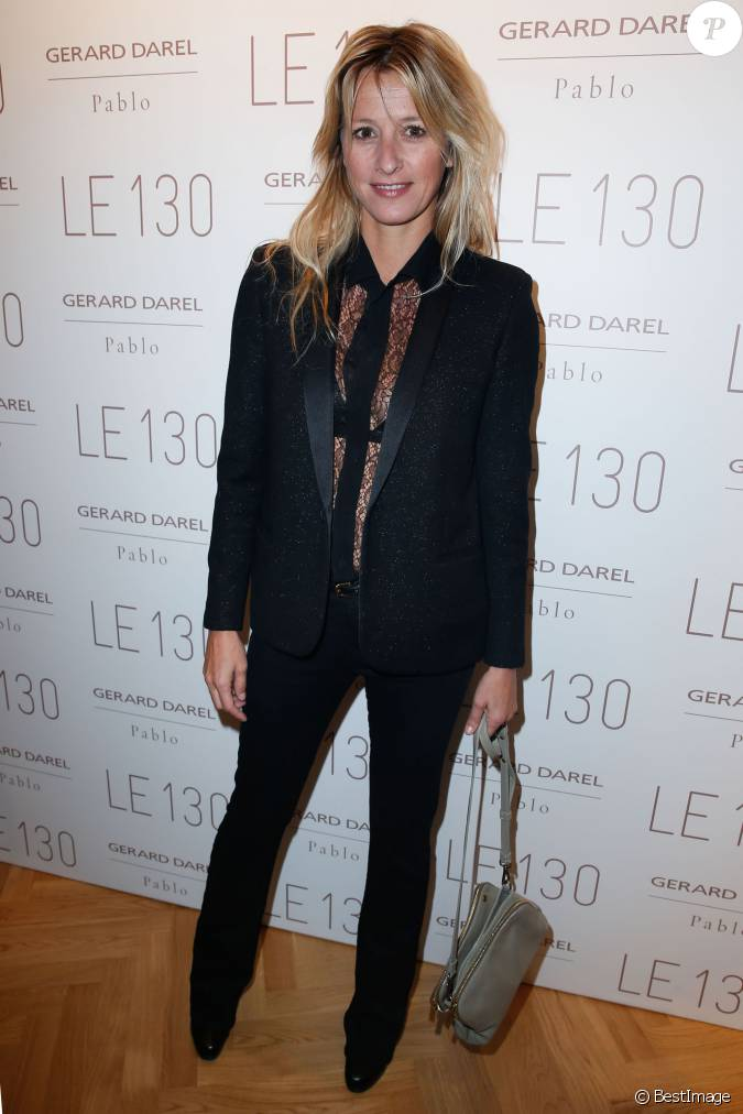 sarah lavoine lors de l 39 inauguration de la nouvelle boutique gerard darel le 130 paris le. Black Bedroom Furniture Sets. Home Design Ideas