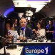 """Patrick Rogerlors de l'inauguration du """"Train Europe 1"""" pour les municipales 2014 à Paris le 2 février 2014"""