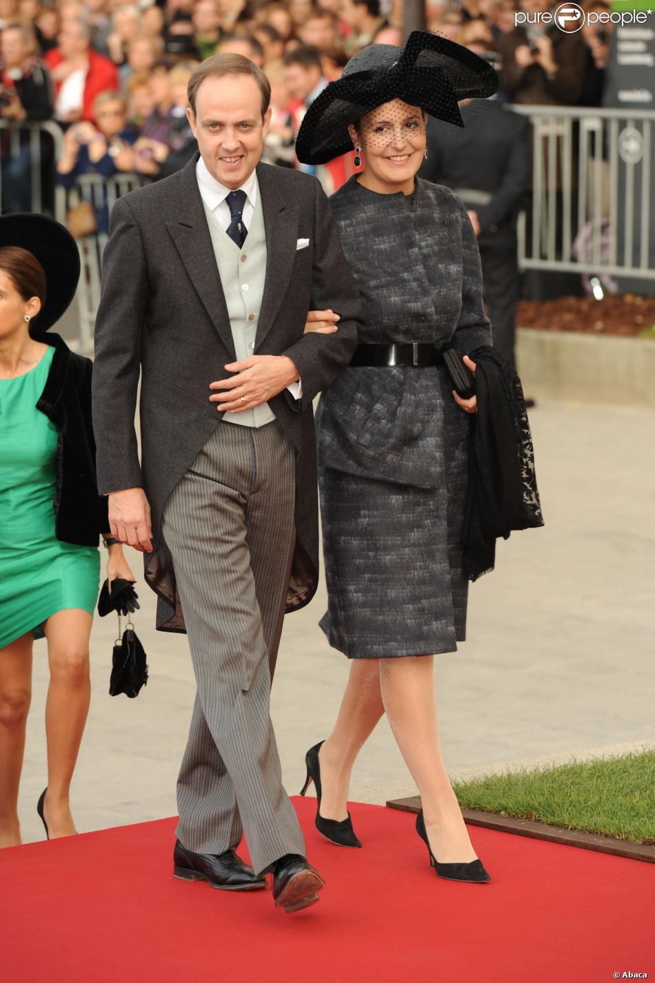 Le prince Jean d'Orléans et la princesse Philomena le 20 octobre 2012 au Luxembourg lors du mariage du grand-duc héritier Guillaume et de la comtesse Stéphanie.