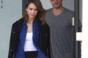 Jessica Alba : Shopping avec son homme et maman irrésistible !