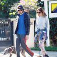 Exclusif - Leighton Meester et son fiancé Adam Brody promènent leurs chiens a Los Angeles, le 22 decembre 2013.