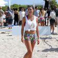 Lauren Mellorparticipe au Celebrity Chef Volleyball Tournament de Sports Illustrated Swimsuit, sur une plage de Miami. Le 20 février 2014.