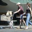 Exclusif - Shia LaBeouf et sa petite amie Mia Goth font leurs courses à Van Nuys le 23 février 2014.