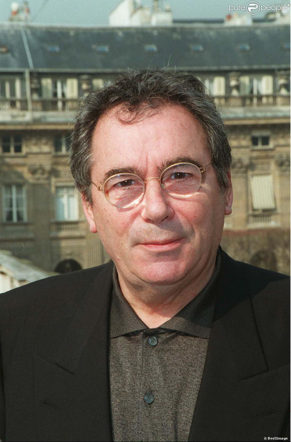 Claude Nougaro au Ministère de la Culture à Paris, le 10 mars 1997