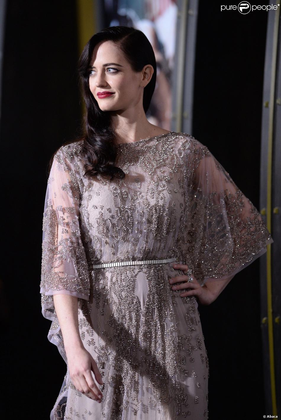 Eva Green, dans une robe Elie Saab, lors de l'avant-première du film 300 - La Naissance d'un empire, à Los Angeles le 4 mars 2014