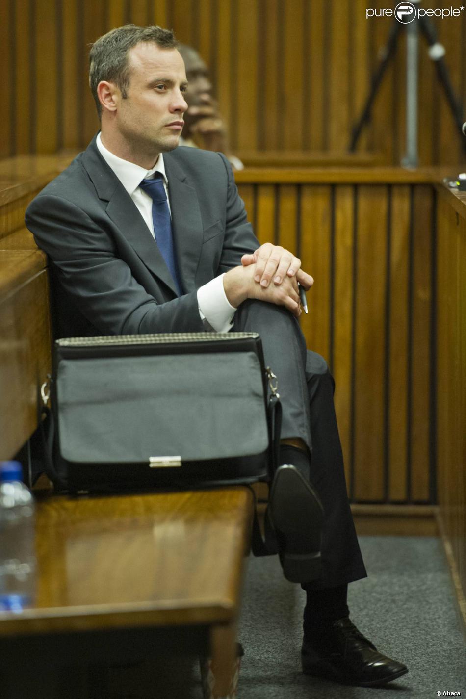 Oscar Pistorius lors de son procès devant la haute cour de justice de Pretoria, le 12 mars 2014