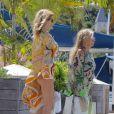 Kate Moss profite de vacances à Gustavia, capitale de Saint-Barthélémy. Le 17 mars 2014.