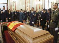 Letizia et Felipe d'Espagne en deuil, émus devant le cercueil d'Adolfo Suarez