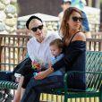 Jessica Alba, Jaime King et son fils James profitent de l'après-midi au Coldwater Canyon Park. Beverly Hills, le 29 mars 2014.