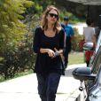 Jessica Alba passe son samedi après-midi en famille au Coldwater Canyon Park. Beverly Hills, le 29 mars 2014.