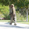 Les forces de police interviennent devant la maison de Selena Gomez : un individu a été aperçu tentant de s'introduire dans sa propriété, le vendredi 4 avril 2014 au matin.