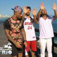"""Julien prépare la cérémonie des fiançailles - """"Les Marseillais à Rio"""", épisode du 7 avril 2014 diffusé sur W9."""