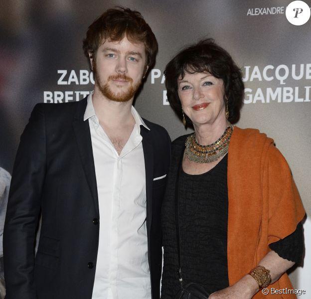 """Anny Duperey et son fils Gaël Giraudeau lors de l'avant-première du film """"24 jours"""" au cinéma Gaumont Marignan à Paris, le 10 avril 2014"""
