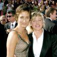 Alexandra Hedison et Ellen DeGeneres aux Emmy Awards à Los Angeles le 19 septembre 2004