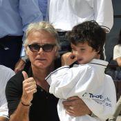 Franck Dubosc : Pétanque ensoleillée sous les yeux de son petit Raphaël