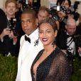 Jay Z et Beyoncé assistent au MET Gala au Metropolitan Museum of Art, pour le vernissage de l'exposition Charles James: Beyond Fashion. New York, le 5 mai 2014.