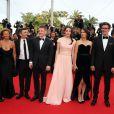 """Maxim Emelianov, Zukhra Duishvili, Bérénice Bejo, le réalisateur Michel Hazanavicius et Abdul-Khalim Mamatsuiev - Montée des marches du film """"The Search"""" lors du 67e Festival du film de Cannes le 21 mai 2014"""
