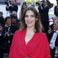 """Géraldine Pailhas à la montée des marches du film """"Sils Maria"""" lors du 67e Festival du film de Cannes le 23 mai 2014."""