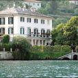 La maison de George Clooney, près du Lac de Côme, en Italie, a été visitée par un voleur.