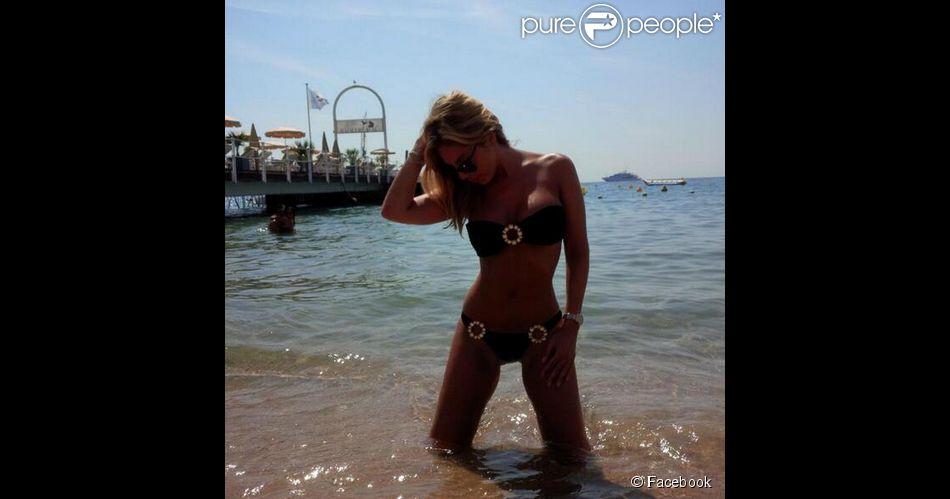 Marlène Duval sexy en bikini sur son compte Facebook