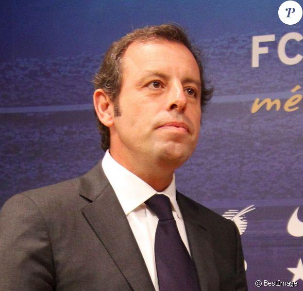 Sandro Rosell, le président du Barça annonce sa démission lors d'une conférence de presse au stade du Camp Nou à Barcelone, le 23 janvier 2014.