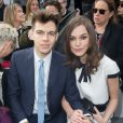 Keira Knightley et son mari James Righton au Grand Palais à Paris, le 4 mars 2014.