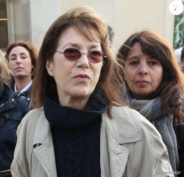 Jane Birkin - Marche de femmes, place du Trocadéro, à l'initiative de l'écrivain Amanda Sthers pour appeler à la libération de jeunes filles enlevées par le groupe Boko Haram au Nigéria à Paris le 13 mai 2014