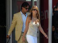 PHOTOS : La jolie Liz Hurley et son mari viennent d'arriver à Venise !