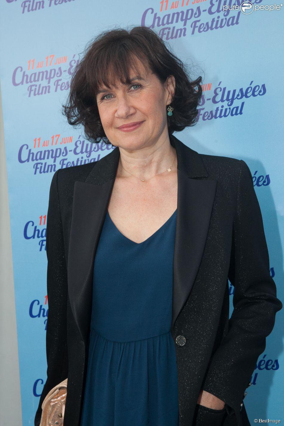 """Exclusif - Anne Le Ny - Avant-première du film """"On a failli être amies"""" dans le cadre du 3e Champs-Elysées Film Festival à Paris, le 16 juin 2014."""