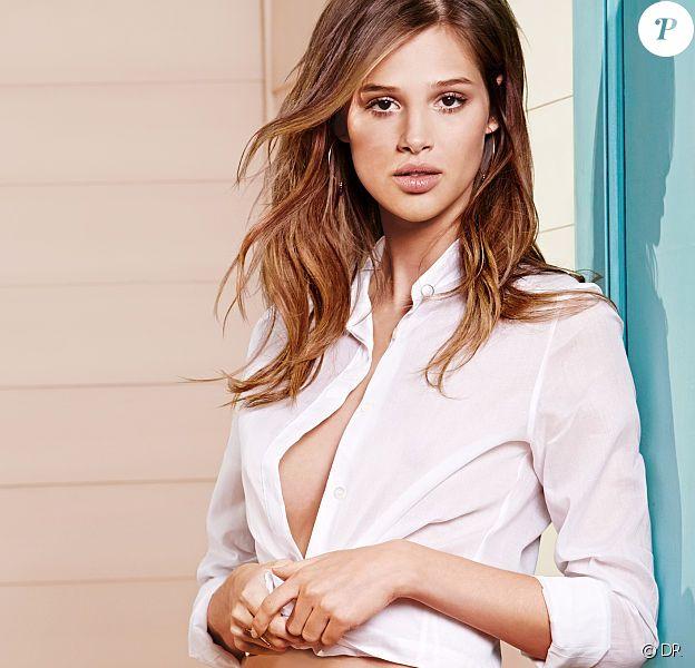 Anaïs Pouliot, en lingerie pour Victoria's Secret.