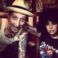 Lady Gaga s'est fait tatouer un trombone sur le bras droit, le 19 juin 2014.