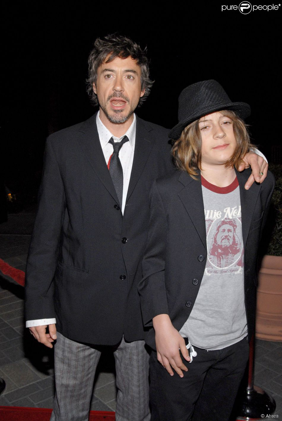 Robert Downey Jr et son fils Indio Downey à Los Angeles, le 1er mars 2007.