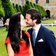 Sofia Hellqvist et Carl Philip de Suède pris en photo le 27 juin 2014 au palais royal, à Stockholm, lors de la conférence de presse d'annonce de leurs fiançailles.