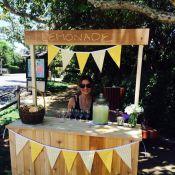 Sarah Michelle Gellar condamnée à vendre de la limonade pour survivre...