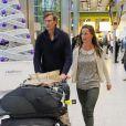 Pippa Middleton et Nico Jackson de retour d'un voyage en Inde, le 8 décembre 2013 à l'aéroport de Londres. En juillet 2014, l'Evening Standard révélait que le golden boy s'apprêterait à quitter son poste à la Deutsche Bank pour un emploi à Genève, en Suisse, dans le fonds d'investissement Jabre Capital Partners.