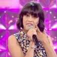 """Julia de la """"Star Academy"""" 8 sur le plateau de """"N'oubliez pas les paroles"""" sur France 2. Mardi 15 juillet 2014."""