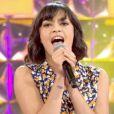 """Julia ex-candidate de la """"Star Academy"""" 8 sur le plateau de """"N'oubliez pas les paroles"""" sur France 2. Mardi 15 juillet 2014."""