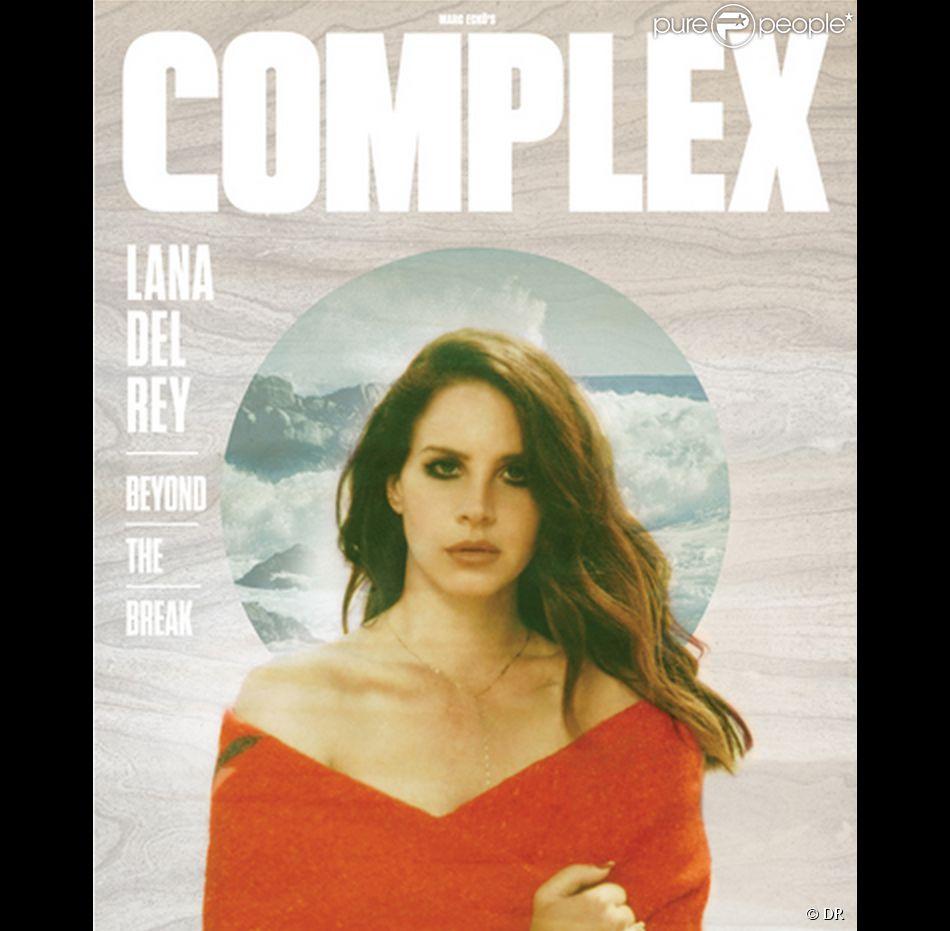 """Lana Del Rey photographiée par Neil Krug pour la couverture du magazine américain """"Complex"""", août-septembre 2014."""