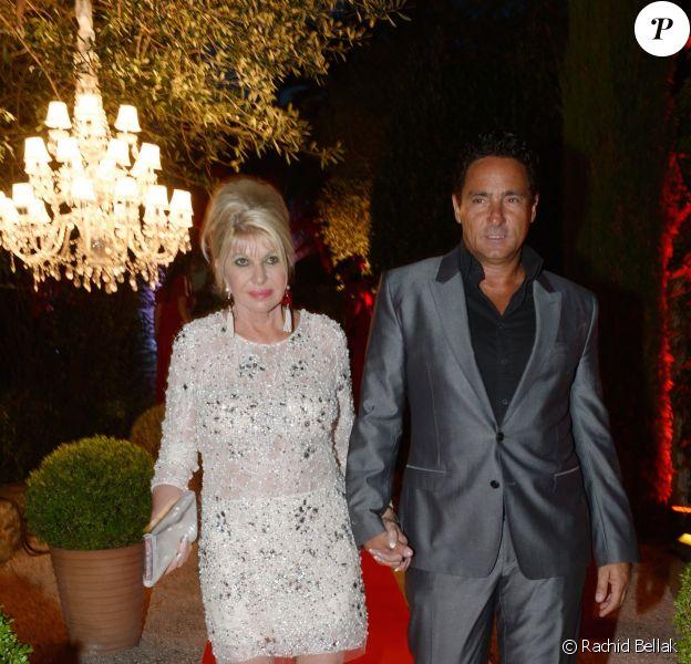 Exclu - Ivana Trump et son fiancé Marcantonio Rota, lors de la grande fête organisée pour l'anniversaire de Monika Bacardi à Saint-Tropez, le 27 juillet 2014.