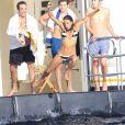 Michelle Rodriguez, Mohammed Al Turki, le mannequin Shanina Shaik et les frères Peter Jr. et Harry Brant passent leur après-midi sur un yacht. Ibiza, le 30 juillet 2014.