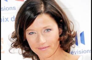Les beaux yeux de Carole Gaessler séduisent...
