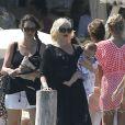 Gwen Stefani, son mari Gavin Rossdale et leurs fils Kingston, Zuma et Apollo Rossdale quittent le Club 55 à Saint-Tropez, le 1er août 2014.